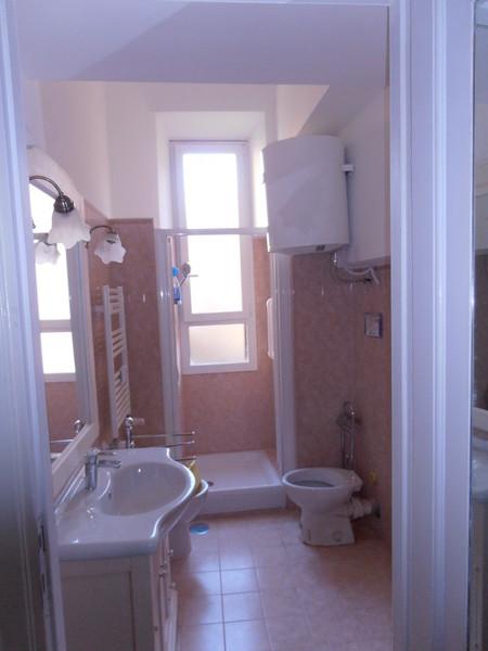 Gruppo cm servizi rifare bagno e cucina - Rifacimento bagno ...